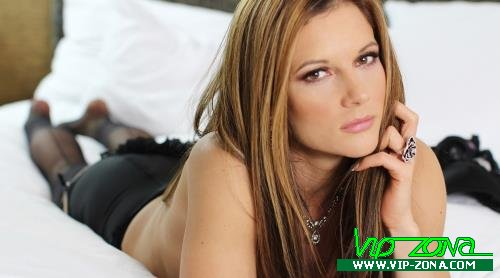 Mandy Flores - Taboo Mom and Son Love (2014/MandyFlores.com/HD)